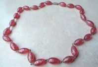 Vintage Pink Glitter Lucite Oval Bead Necklace.